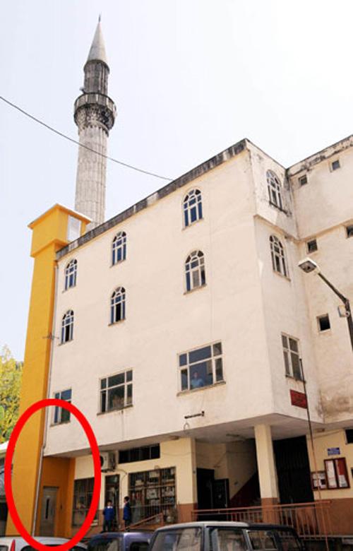 11_facadeelevator